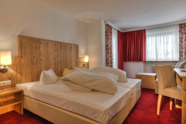 Axams  Sterne Hotel